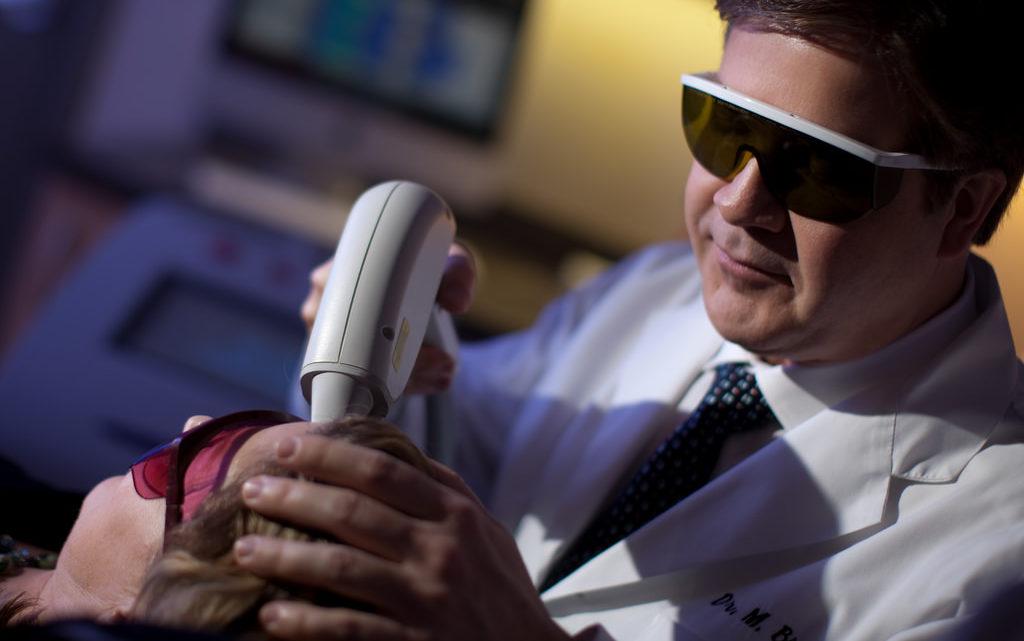 4 questions que les hommes se posent sur l'épilation au laser