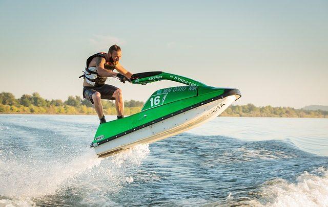 Quel sport pratiquer en bord de mer?